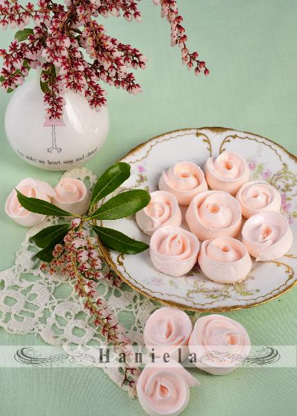 meringue cookies, meringue roses