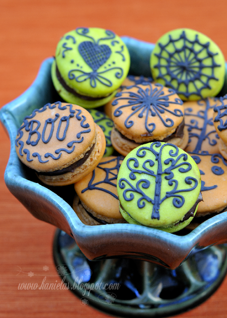 French Macarons for Halloween