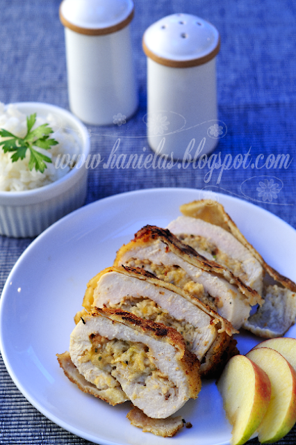 Chicken Breast Stuffed with Apple and Cheese