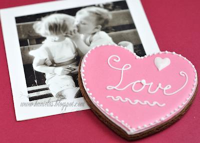 Pretty Heart Cookie