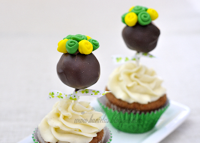 ~St. Patrick's Cake Pop Cupcakes~