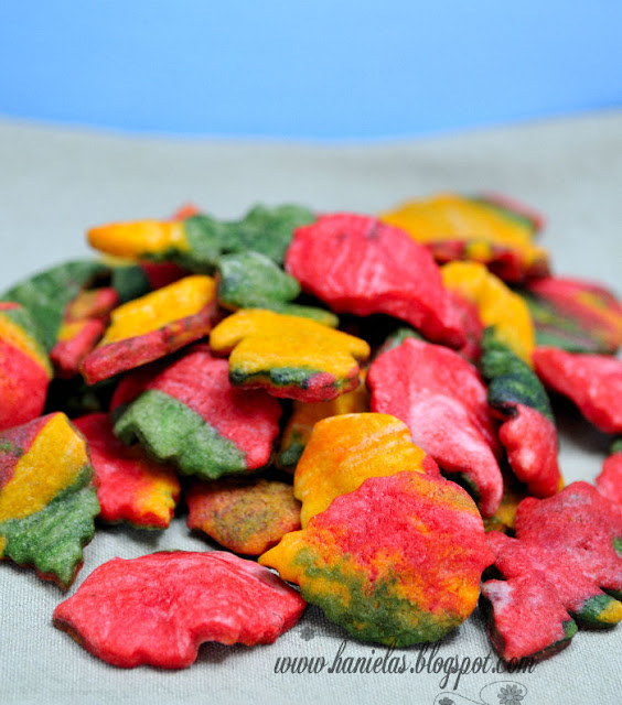 Colorful Fall Cookie Leaves