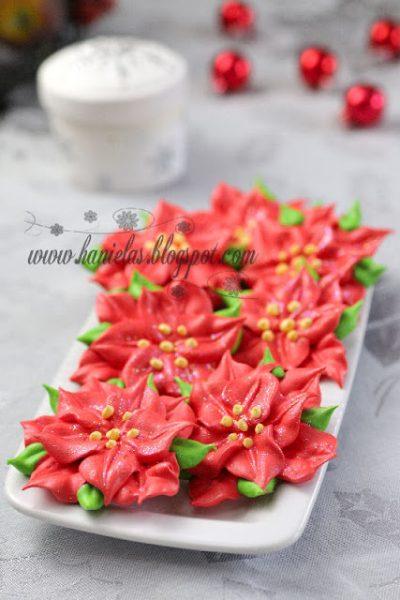 ~Christmas Poinsettia Meringues~