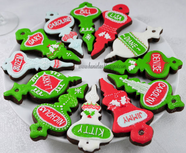 Christmas Ornaments Table Setting Cookies