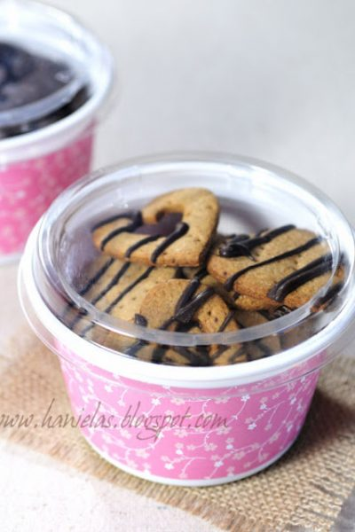 ~Recycle Chobani Yogurt Containers into Storage or  Cookie Gift Containers~