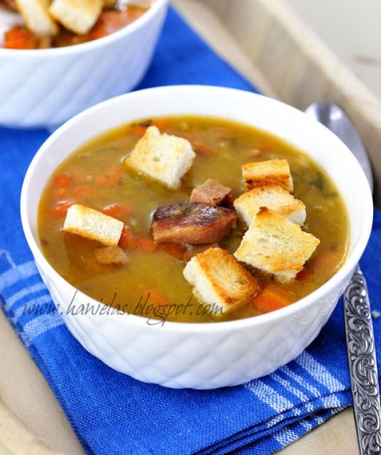 Split Pea Soup with Knockwurst