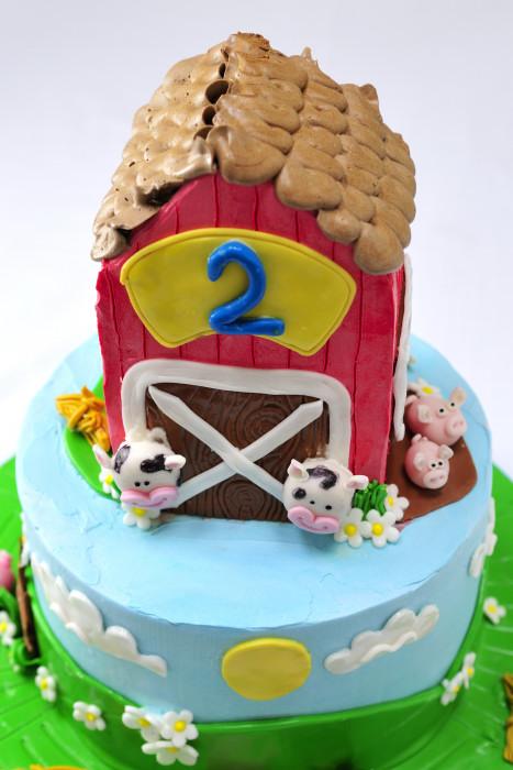 Barn Farm Cake   Haniela's   Recipes, Cookie & Cake ...