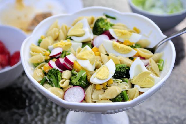 Fresh Vegetable Pasta Salad