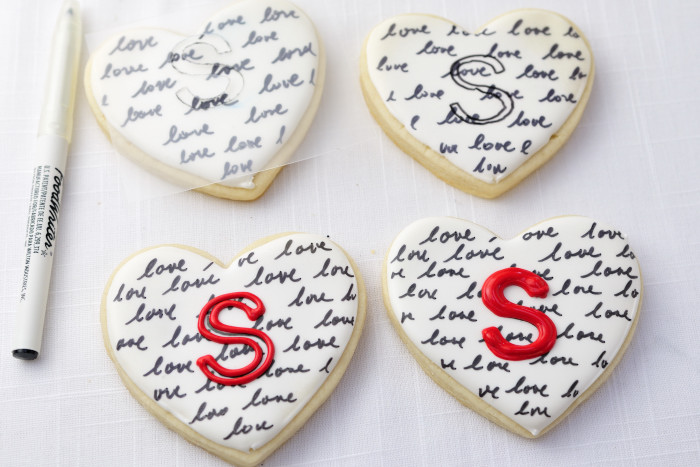 Heart Monogram Cookies   Haniela's   Recipes, Cookie ...