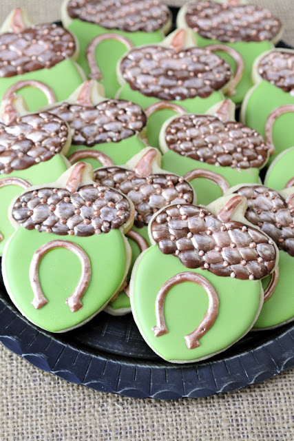 Acorn Horseshoe Cookies