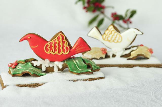 Christmas Dove Gingerbread Centerpiece