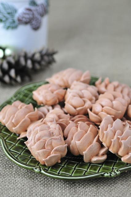 Pine Cone Meringues