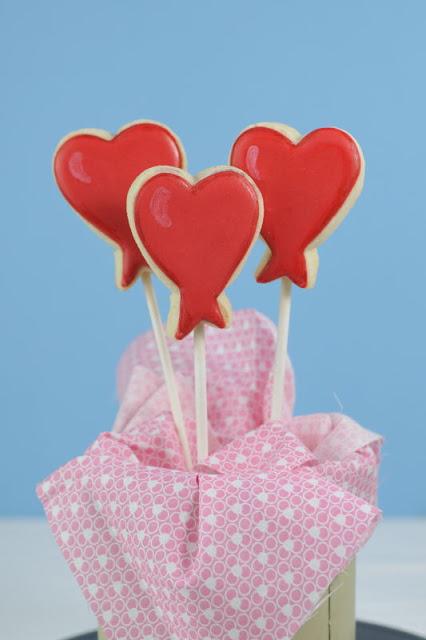 Valentine's Day Heart Balloon Cookies