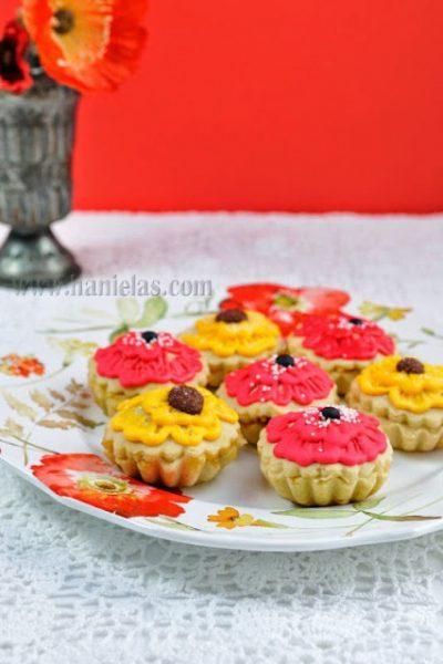 Red Poppy  Flower Apple Tarts