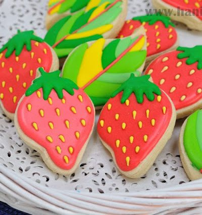 Strawberry Cookies and Simple Packaging Idea