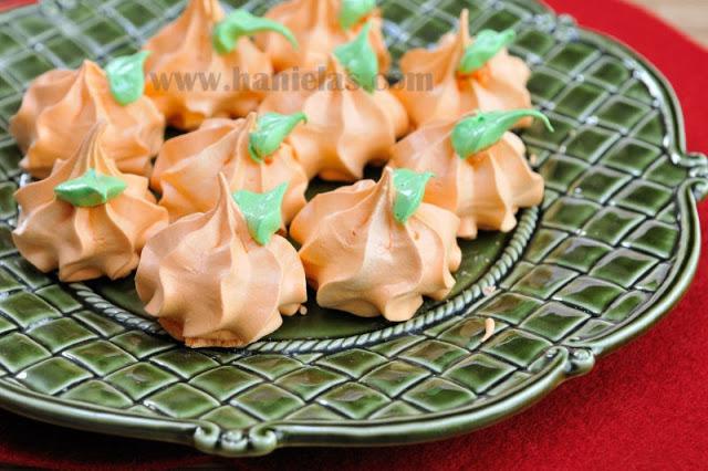 Pumpkin Meringue Cookies