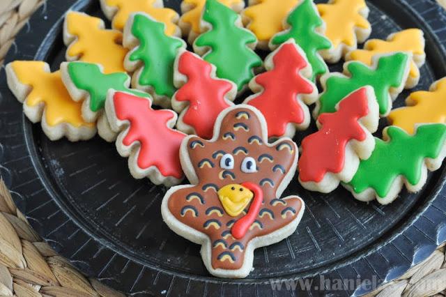 Easy Thanksgiving Turkey Cookie Platter