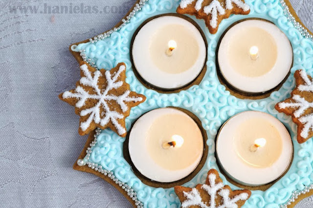 Christmas Advent Centerpiece from Gingerbread