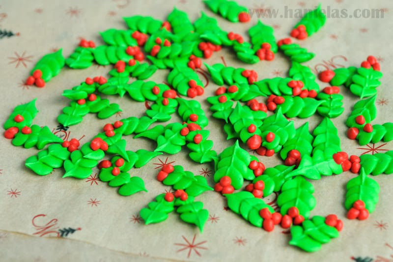 Royal Icing Holly Leaves Accent Decorations Haniela S Recipes