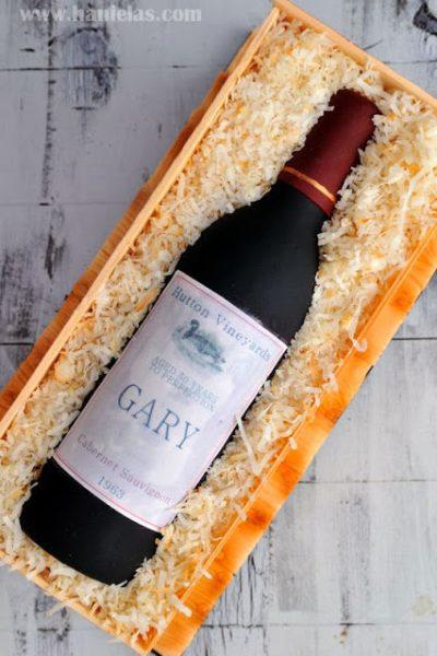Wine Bottle in a Crate Cake Video Tutorial, Gumpaste Wine Bottle Tutorial
