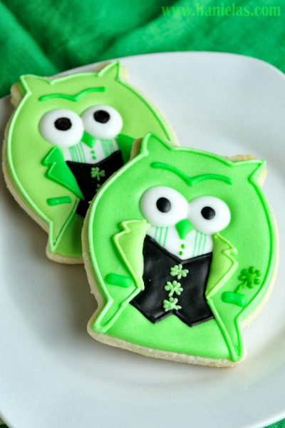 St. Patrick's Day Owl Cookies with Make Me Cake Me