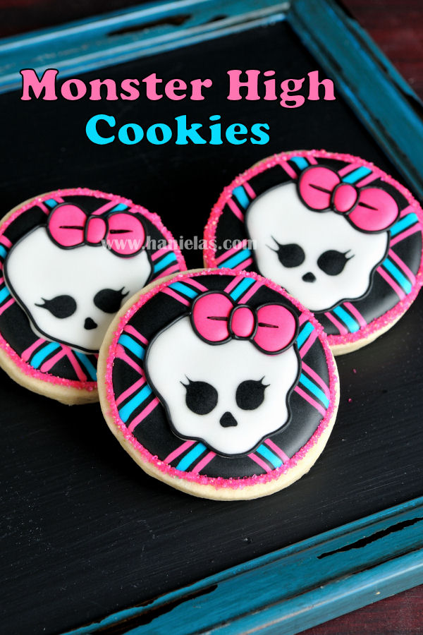 Monster High Skull Cookies Haniela S Recipes Cookie Cake Decorating Tutorials