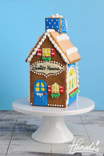Gingerbread Christmas Santa's House