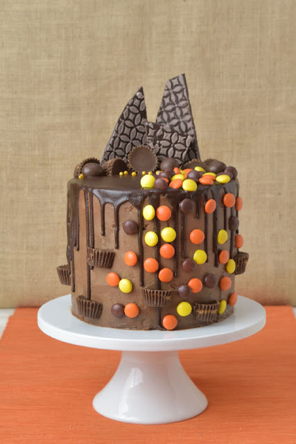 Reese's Peanut Butter Chocolate Drippy Cake