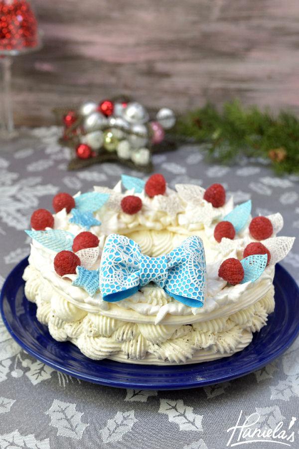 Christmas Meringue Wreath Cake With Sugarveil Haniela S Recipes
