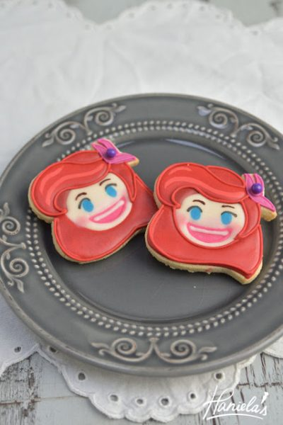 Ariel Mermaid Disney Emoji Blitz Cookies