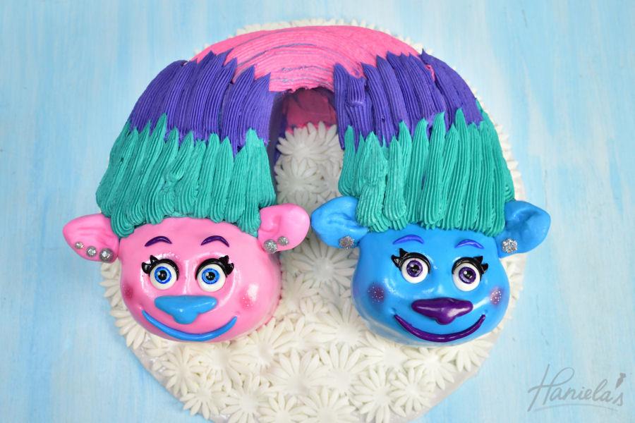 Satin Chenille Trolls Cake Haniela S Recipes Cookie Cake Decorating Tutorials