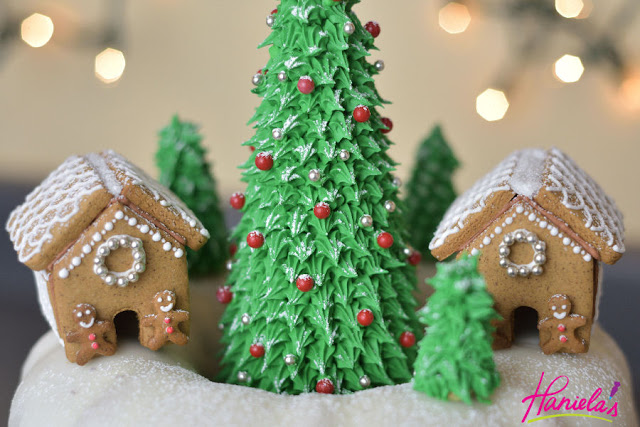 Christmas Tree Bundt Cake