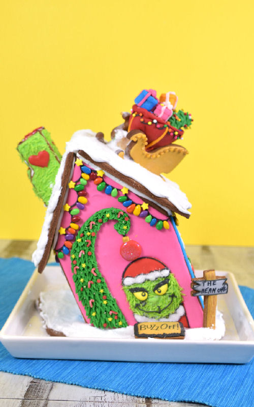 Grinch Inspired Christmas Gingerbread House Haniela S Recipes