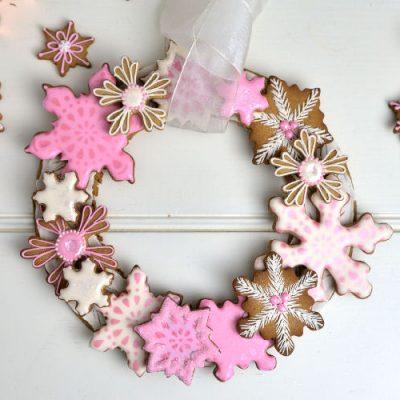 snowflake wreath, gingerbread
