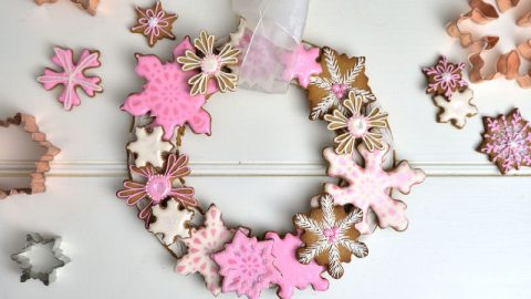 snowflake wreath, gingerbread