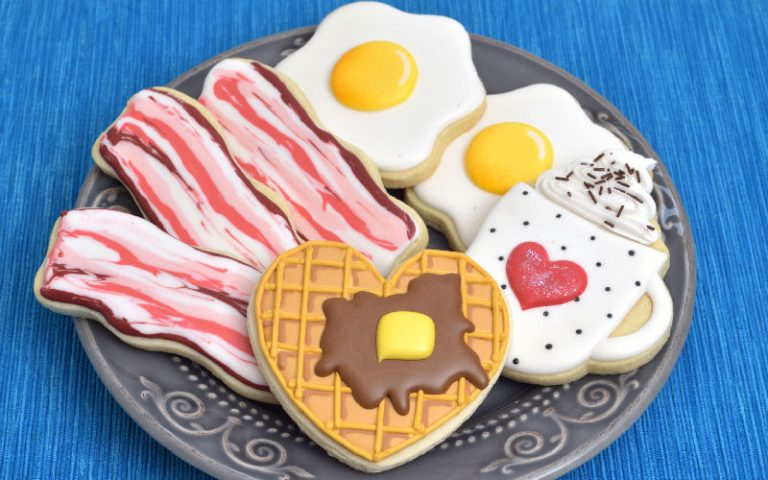 Breakfast Cookies : Waffle, Bacon, Egg and Coffee with Whipped Cream