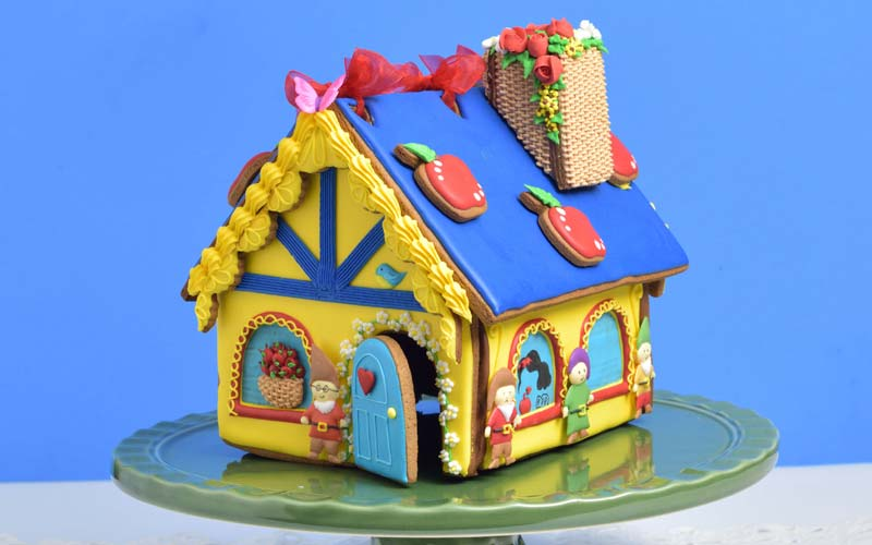 house to build a gingerbread house