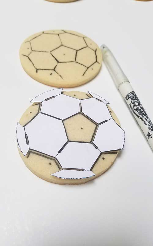 decorate soccer ball cookies tutorial