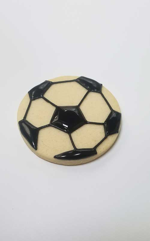 decorate soccer ball cookies