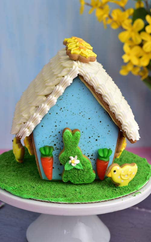 How to make Easter Gingerbread House