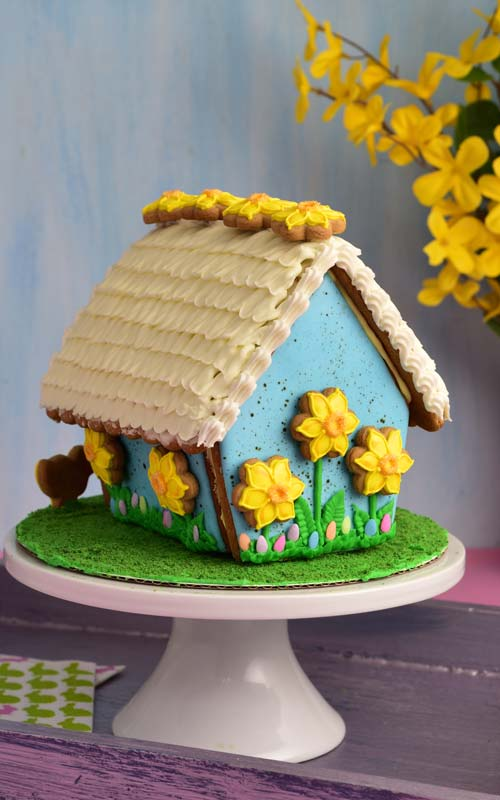 How to make Speckled Gingerbread House for Easter