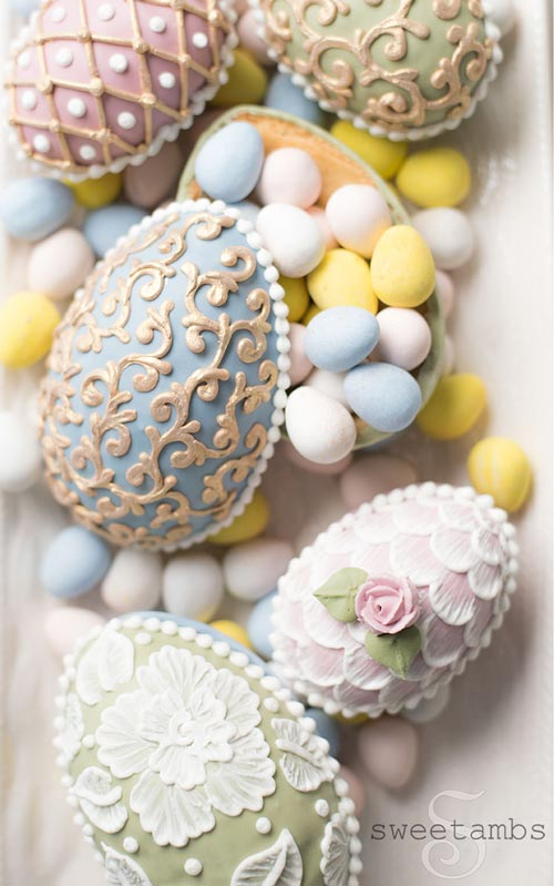 Brush embroidery 3D easter egg cookies