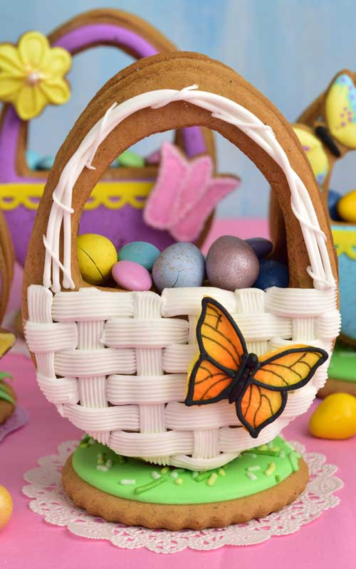 Basket Weave Easter Egg Cookie filled with candies