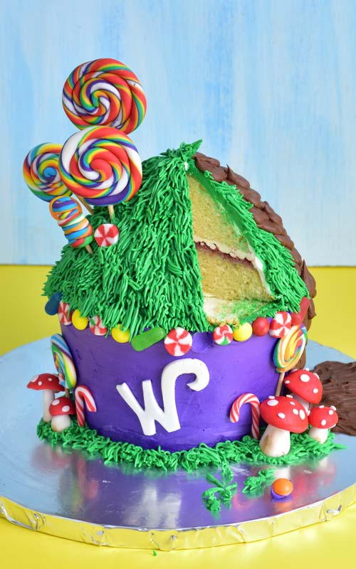 How to Cut a Willy Wonka Cupcake Cake