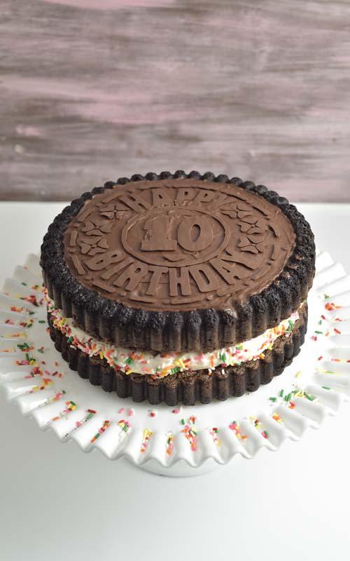 oreo cake on a cake stand