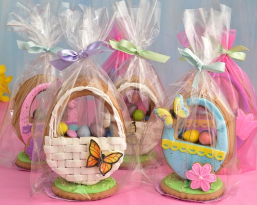 3D Easter Basket Cookies packaged in clear bags