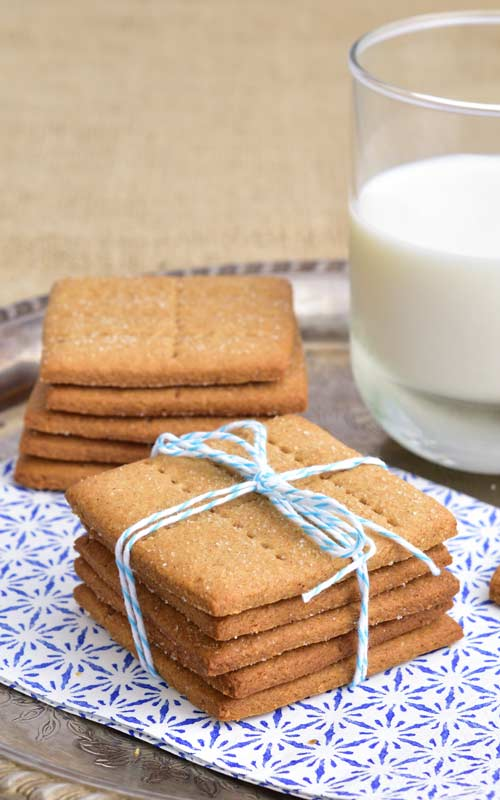 Graham Crackers stacked with tied with a blue twine.