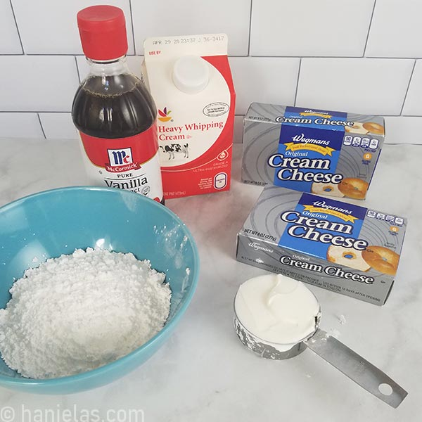 Ingredients for cheesecake filling.